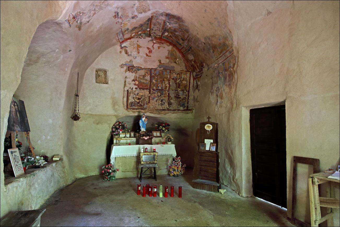 p santa maria interno IMG_7505 W.jpg